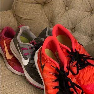 3 pairs of Nike Sneakers